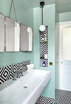 Bathroom in a Paris