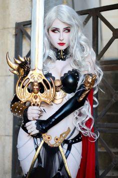 Giu Hellsing as Lady Death #cosplay