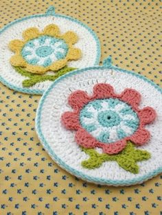 Free Crochet Spring Flower Dishcloth Pattern