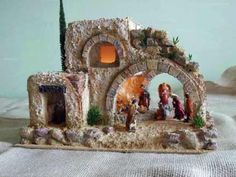 nacimiento navideño de carton - Buscar con Google Ceramic Houses, Christmas Nativity, Clay Art, Architecture Details, Diy And Crafts, Projects To Try, Christmas Decorations, Miniatures, Xmas