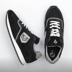 The release of the Quick QR Track Black will also be on the 21th of May! Soon available at Concrete Store The Hague and Concrete Store Amsterdam! #concretestore #dipyourfeetintotheconcrete #quick #release #21thofmay #thehague #amsterdam