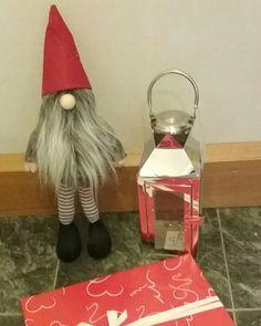 KOTI&SISUSTUS...JOULUN valmisteluja. MinunTYYLIÄ....29.11.2016 MINÄ aloitan Joulu ostokset ja valmistelut jo ajoissa. Tontun asioilla, Tykkään suunnitella, ostaa, antaa Lahjoja ja valmistella Jouln aikaa. Sinä? NÄHDÄÄN HYMY