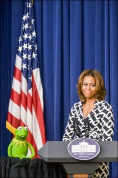 The Muppets visit the White House for a special screening of Muppets Most Wanted!