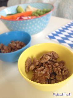 Snack: Udblødte og tørrede valnødder