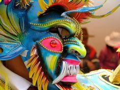 Celebración de la Virgen de la Candelaria - Puno Inca Art, Paper Mask, Venetian Masks, Color Psychology, World Cultures, African Art, Mardi Gras, South America, Pop Art