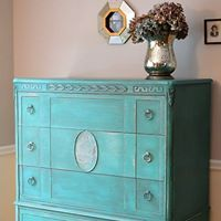 glaze and wax working as a team, chalk paint, painted furniture Annie Sloan Chalk Paint Colors, Annie Sloan Painted Furniture, Chalk Paint Furniture, Distressed Furniture, Upcycled Furniture, Shabby Chic Furniture, Furniture Projects, Furniture Makeover, Vintage Furniture