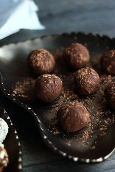 Alright, you caught me. This isn't a new recipe. These sweet potato chocolate truffles are a a golden oldie from the blog. A firm favourite that I've made over and over again yet never fail to enjoy or be left impressed by. This recipe is one of my beloveds that I'm so proud of and ...