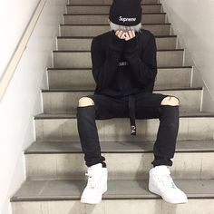 19 ideas for clothes korean boy Korean Boys Ulzzang, Cute Korean Boys, Ulzzang Boy, Asian Boys, Korean Fashion Men, Asian Fashion, Boy Fashion, Fashion Outfits, Korean Outfits