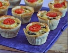 MINI QUICHE DE VERDURAS (con oblea de empanadillas) Salad In A Jar, Cooking Recipes, Healthy Recipes, Bread And Pastries, Tasty Bites, Mini Foods, Bon Appetit, Finger Foods, Brunch