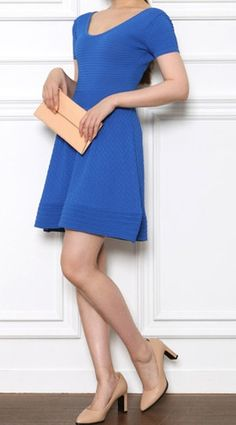 Love this nice blue comfy knitwear dress, wear with heels and clutch, can go to work till evening date!