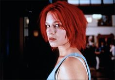 With Franka Potente, Moritz Bleibtreu, Herbert Knaup, Nina Petri. After a botched money delivery, Lola has 20 minutes to come up with Deutschmarks. Franka Potente, 1990s Movies, Cinema, Girl Power, Nostalgia, Hair Cuts, Running, Ideas, Movies
