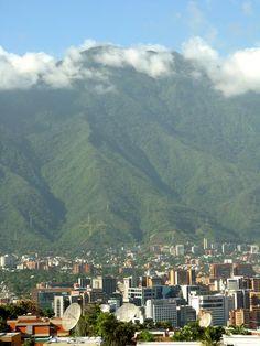 Caracas north east and avila mountain Venezuela http://VacacionesReales.com