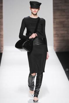 Max Mara | Fall 2012 Ready-to-Wear Collection | Vogue Runway