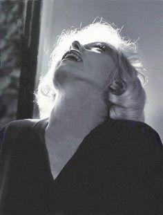 Marilyn Monroe, photo by Allan Grant for Life Magazine, July Rare Marilyn Monroe, Marilyn Monroe Photos, Classic Hollywood, Old Hollywood, Hollywood Actresses, Norma Jeane, Believe, Life Magazine, Girls Be Like