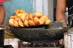Your Guide To The Best Indian Street Food  #food #travel