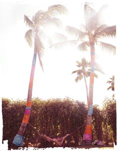 I'm obsessed with Palm trees and the beach... Would love this hammock to chill on right about now!