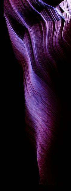 Antelope Canyon on Navajo land near Page, Arizona • photo: Chris Cilfone on Flickr