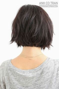 17 Medium Length Bob Haircuts for Short Hairstyles for Women and Girls. Bob Frisur Bob Frisuren (Fall Top For Women) Medium Length Bobs, Medium Bobs, Medium Lengths, Haircut And Color, Bob Haircut Back View, Haircut Short, Thick Bob Haircut, Hairstyle Short, Hairstyle Ideas