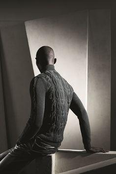 Hermès Fall-Winter 2014. Roll-neck sweater in charcoal-grey neo-twist wool, slim straight trousers in grey-green sports calfskin #hermes #menswear #fashion #hermeshomme