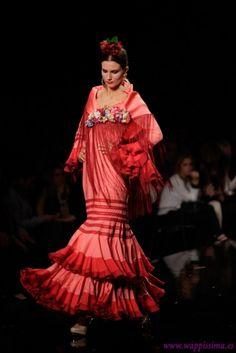 trajes de flamenca en rosa - Buscar con Google