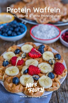 Healthy protein waffles vegan – without protein powder – Mrs Flury Healthy Waffles, Protein Waffles, Vegan Protein Bars, High Protein Low Carb, Healthy Protein, Protein Foods, Healthy Sweets, Waffle Recipes, Baby Food Recipes