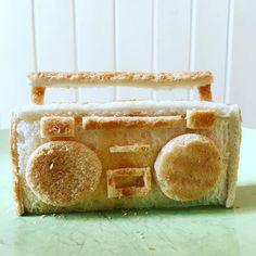 Quand-papa-fait-des-sculptures-de-toasts-pour-ses-filles-16
