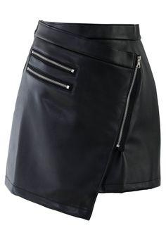 Tipología de faldas · Jupe noire asymétrique en cuir. Cuero Negro 5c737bff8bd7