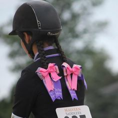 Quality Plaid Horse show bows from Bows to the Shows