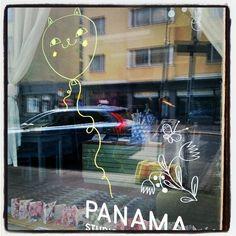#studiopanama #Kallio #Windowshopping #cat #Happycat #balloon