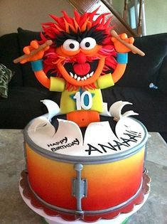 Want this cake of Animal for my next birthday!  #Cake Wrecks - Sunday Sweets