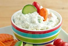 Creamy Dill Cucumber Yogurt Dip - a big hit at parties as an appetizer, or a great healthy snack for dipping veggies. Everyone will ask for this dip recipe. Yogurt Dip Recipe, Yogurt Recipes, Dip Recipes, Salad Recipes, Best Greek Yogurt, Greek Yogurt Dips, Healthy Work Snacks, Easy Healthy Breakfast, Healthy Food
