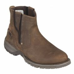 Keep the cold at bay with the help of these stylish Evander Boots by Caterpillar, in rich brown. Their edgy design and durable outers ensure that you are comfortable and kept in line with the latest trends in men's footwear. Pair them with black skinny jeans and a plaid shirt for a trendy look that is ideal for outdoor events and nights out on the town. No matter where you are, you're bound to attract attention
