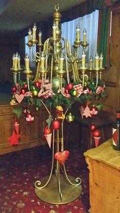 Weihnachtsbaum einmal anders Felder, Chandelier, Ceiling Lights, Lighting, Home Decor, Xmas, Xmas Tree, Homemade Home Decor, Candelabra