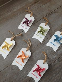 Margriet Creatief Pinwheels thank you tags Card Tags, Cards, Birthday Tags, Handmade Gift Tags, Thank You Tags, Paper Tags, Kraft Paper, Card Making Inspiration, Christmas Gift Tags