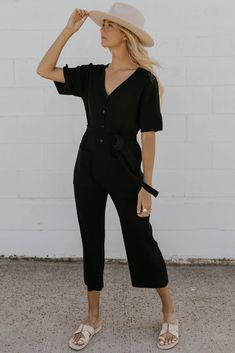 Black Overalls Outfit, All Black Outfit For Work, Black Work, Summer Outfits, Casual Outfits, Girly Outfits, Work Outfits, Fall Outfits, Photographer Outfit