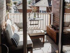 Kleinen Balkon Einrichten Loungemöbel Ikea Äpplarö Condo Balcony, Interior Balcony, Balcony Furniture, Spa Interior, Ikea Furniture, Garden Furniture, Ikea Outdoor, Outdoor Spaces, Outdoor Decor