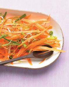 A vegetable peeler shaves carrots into crisp ribbons, ideal for this elegant salad. sub veg oil Potluck Side Dishes, Best Side Dishes, Side Dish Recipes, Main Dishes, Slaw Recipes, Carrot Recipes, Healthy Recipes, Healthy Dishes, Healthy Options