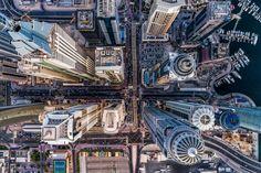 El portal dronestagr.am ha anunciado los ganadores de la cuarta edición del concurso internacional de fotografía tomada con dron. Solo unos pocos fueron los afortunados elegidos en una competición en la que participaron miles de fotógrafos profesionales y aficionados de todo el mundo. Además de las categorías de Naturaleza, Gente y Ciudad, el jurado también ha seleccionado las tres fotos más creativas.