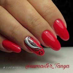 Nail art Christmas - the festive spirit on the nails. Over 70 creative ideas and tutorials - My Nails Christmas Nail Designs, Christmas Nails, Types Of Nails Shapes, Basic Nails, Latest Nail Art, Diy Nail Designs, Nagel Gel, Beautiful Nail Art, Red Nails