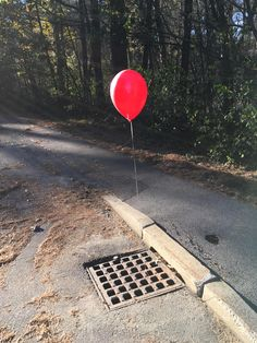 Just decorated the sewer grate by my house for Halloween. http://ift.tt/2htkgtF