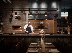 Samara, a new restaurant in Seattle designed by local firm Mutuus Studio, showcases the craft of food and design. Deco Restaurant, Restaurant Design, Restaurant Kitchen, Bar A Vin, Charred Wood, Oak Panels, Samara, Open Kitchen, Wainscoting