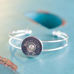 Want this in gold! Ammo Jewelry, Jewelry Crafts, Jewelry Art, Jewelery, Silver Jewelry, Unique Jewelry, Metal Jewelry, Bullet Shell Jewelry, Shotgun Shell Jewelry