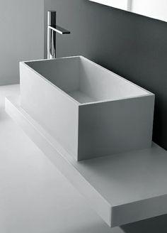 MidioPlan by Ponte Giulio | DEEP Rectangular HI-MACS® washbasin from the Novantagradi Collection