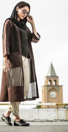Iranian streetstyle Iranian Women Fashion, Islamic Fashion, Muslim Fashion, Mode Abaya, Mode Hijab, Street Style Summer, Street Style Women, Teheran, Abaya Fashion