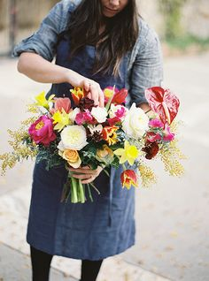 Creating a Hand Tied Bouquet   Jessica Burke Photography   Natural Beauty at the Style Fete Workshop