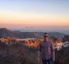 Palma violet sunset over downtown Los Angeles with the Griffith observatory to the left, as seen from the Hollywood hills! This vantage point is super easy to get to, drive right up and just a 10min walk!