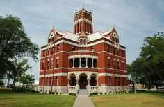 Lee County Courthouse in Giddings