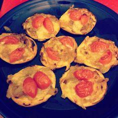 Tartelletes oignons confits comté tomates cerise