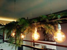 Kerstversiering op de Hanglamp