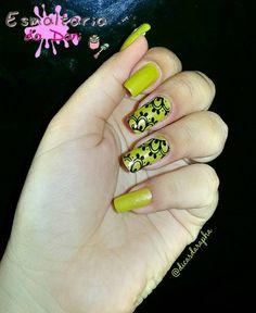 """Película @esmaltariadadani.  Esmaltes  #tomvivo """"Dourado"""".  Segue para conhecer outros modelos@esmaltariadadani Fórmula exclusiva durabilidade fácil aplicação e o melhor preço justo! Você só encontra na @esmaltariadadani.  #tomvivo #rosa #instablogdicasdarapha #instaforgirl #fashionnails #divulgamef #like #nails #like4like #likeforlike #instalike #lovenails #loveunha #nails #nailswag #nailspolish #nailartaddict #nails2inspire #nailpolish #nailswag #nailsofinstagram #nailsoftheday…"""